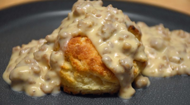 Biscuits-Gravy-Crafts to Crumbs